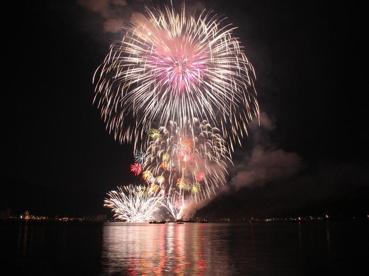 海上花火大会の写真